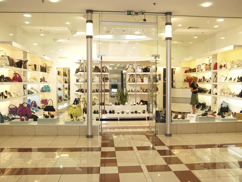 a715053d508523 Огромный выбор ведущих итальянских брендов обуви и сумок представлен в  бутиках «Апорина». Изящные и удобные модели женской обуви от Loriblu,  Giorgio Fabiani ...